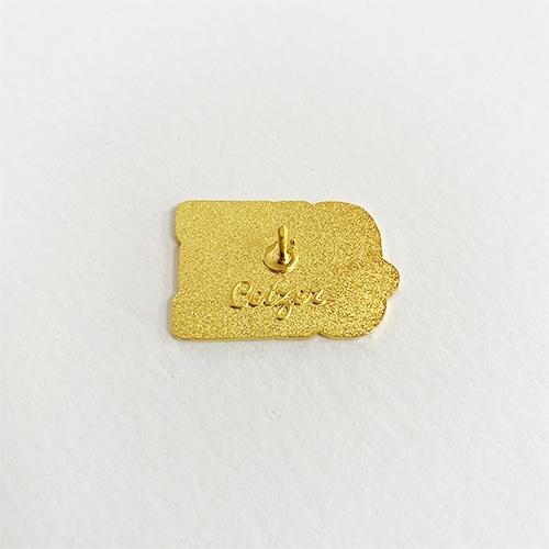 One Love pin-2130